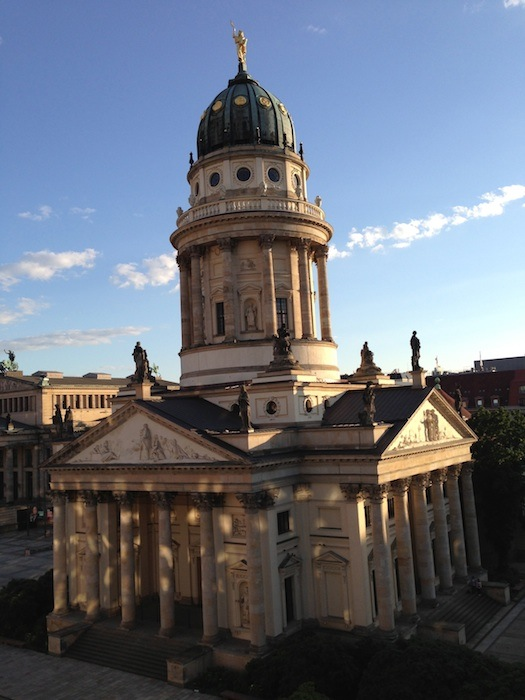Gendarmenmarkt de   Information and tips about the French